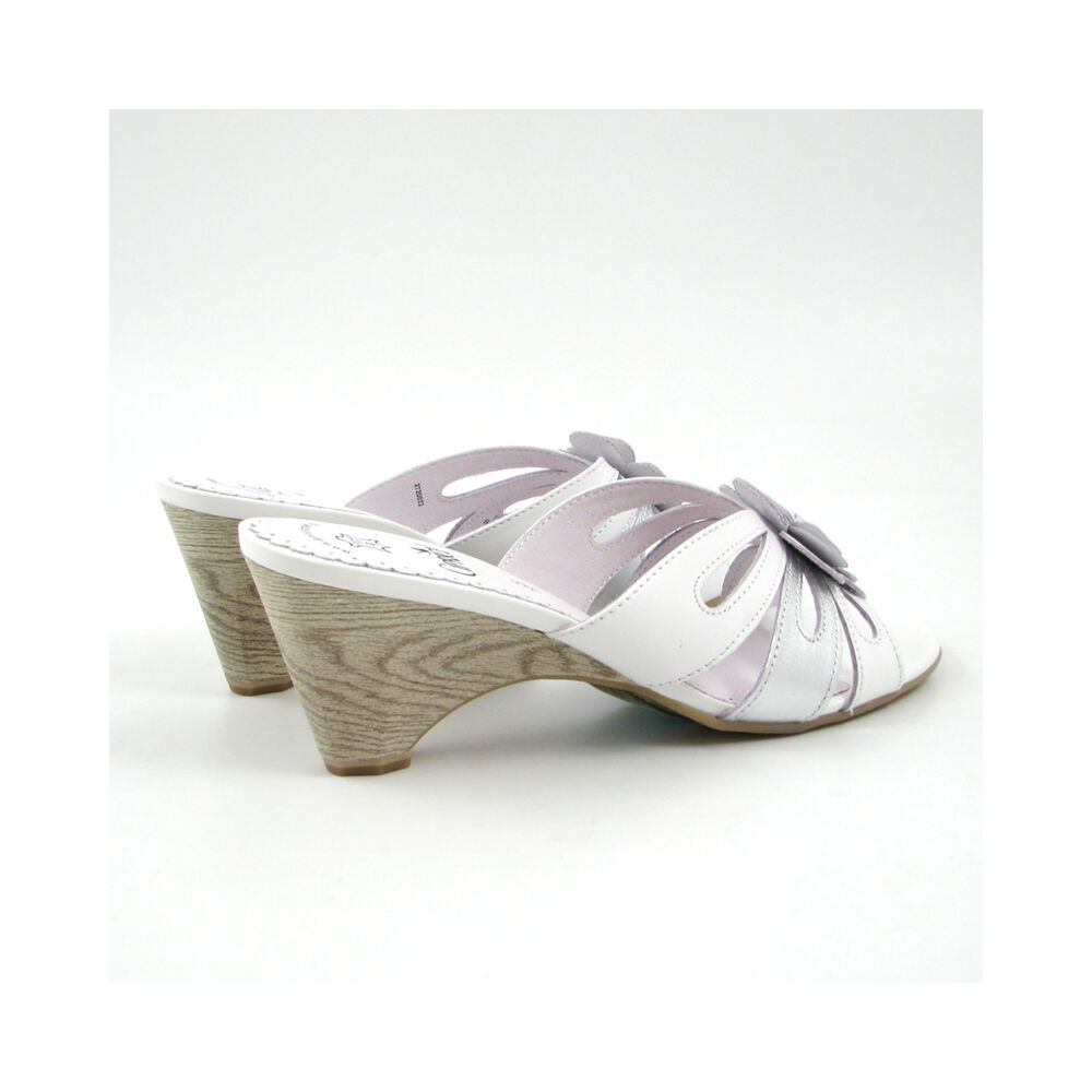 new styles 16310 64538 Caprice Pantolette Weiss/Silber Schlappen | 66% OFF im ...